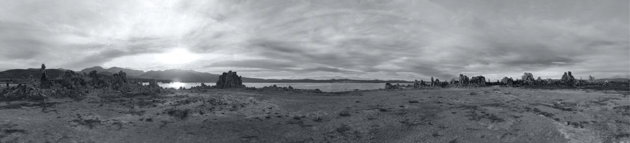 Black and white panorama photo of Mono Lake